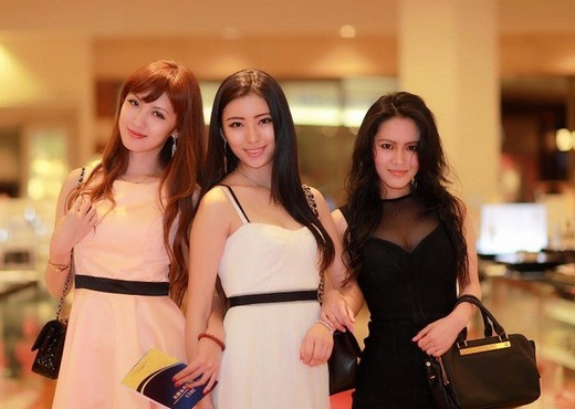 beautiful girls from peking university